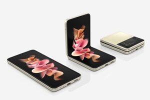 samsung foldable phone with SDM 888